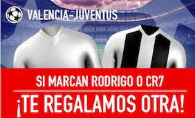 Valencia v Juventus